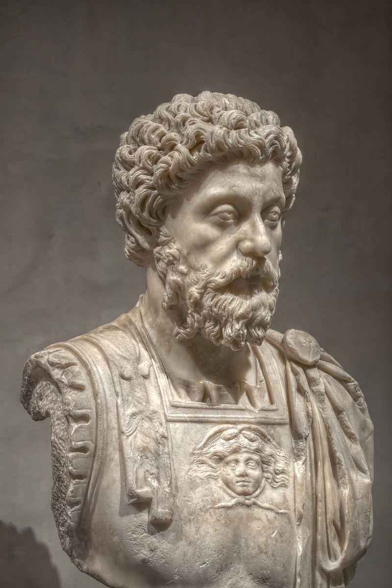 Bustul lui Marc Aureliu. Muzeul Saint-Raymond, fotografie de Pierre- Selim, sursa Wikipedia.