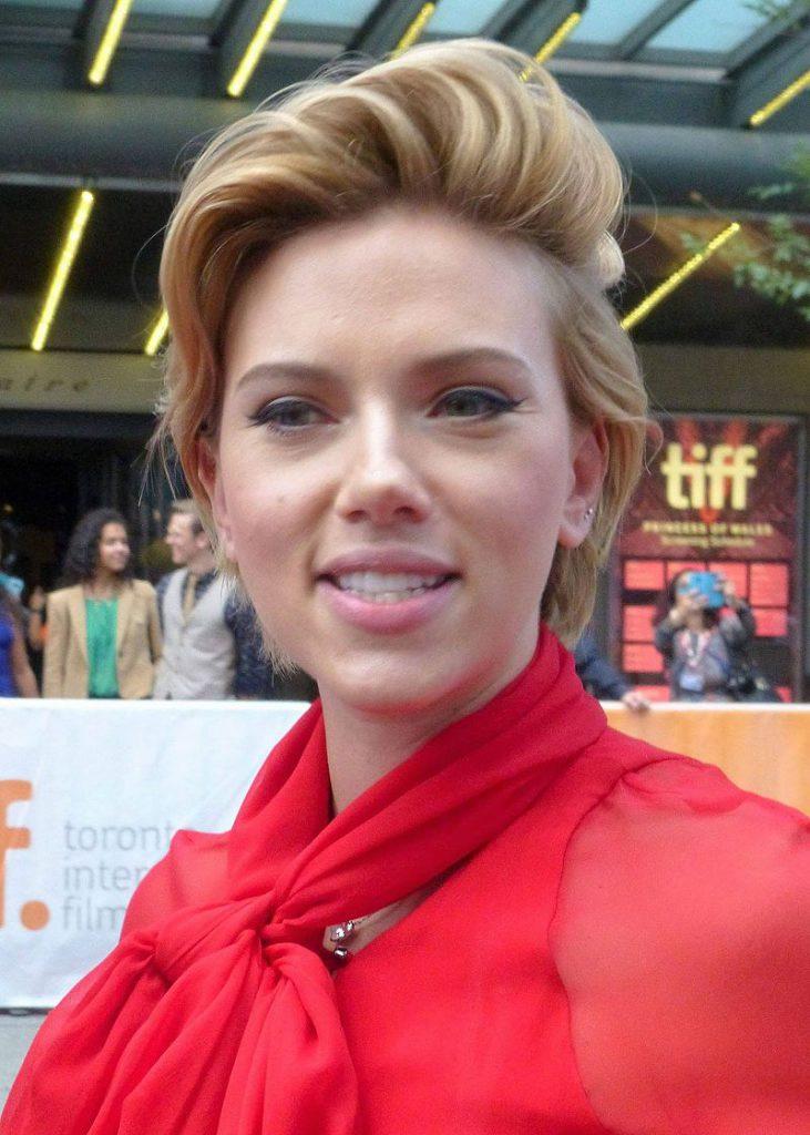 Scarlett_Johansson_(29479903050)