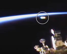 OZN surprins de camerele de pe Staţia Spaţială Internaţională