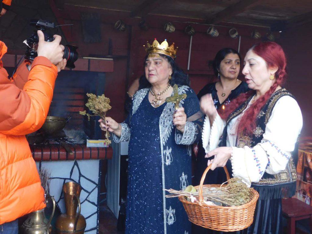 DSCN1879 Maria Campina, regina Magiei Albe din Romania